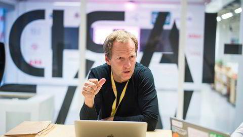 – Jeg frykter at norsk næringsliv trekker seg fra samarbeid med gründere. Det vil være dumt for næringslivet, men også veldig dumt for gründere, sier Rolf Assev i inkubatorselskapet Startuplab. Foto: Gunnar Blöndal