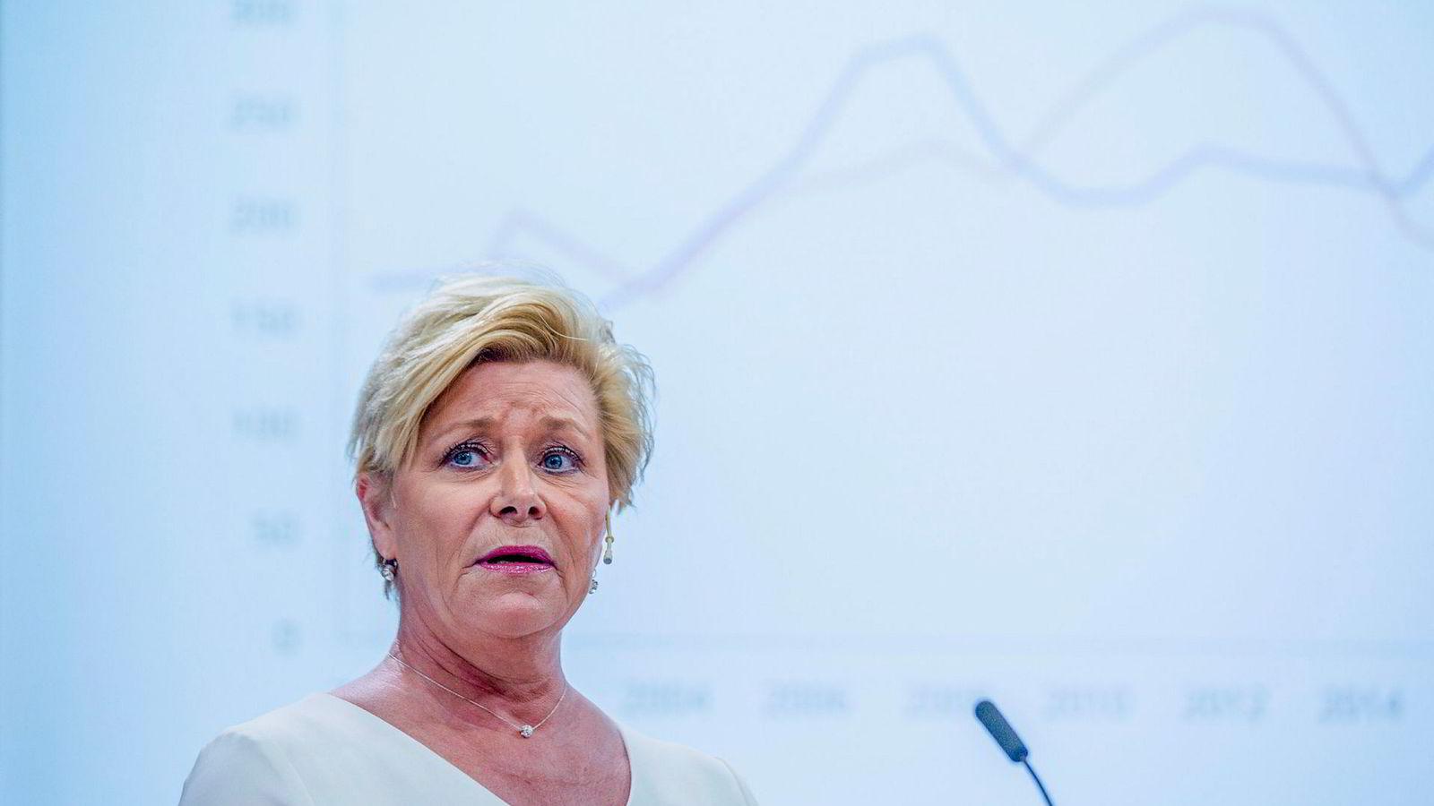 Frp-leder Siv Jensen sier hun ikke er fornøyd med målingen som viser at MDG er større enn Frp.
