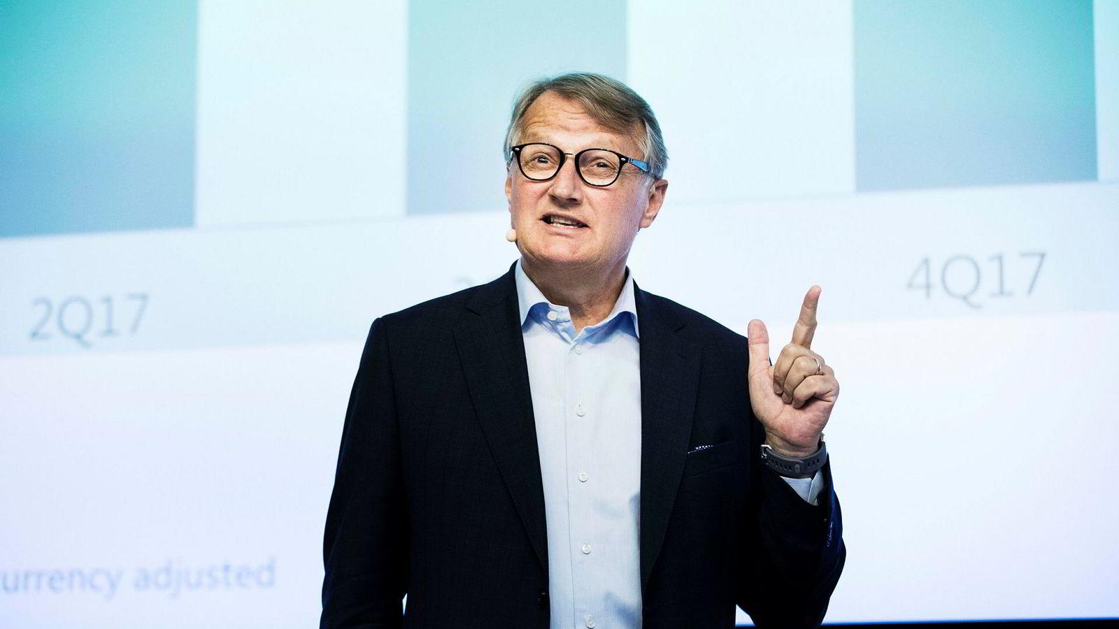 Konsernsjef Rune Bjerke og DNB stengte kontoen til en av sine egne kunder for overføringer til utlandet og ble klaget inn til Finansklagenmenda.
