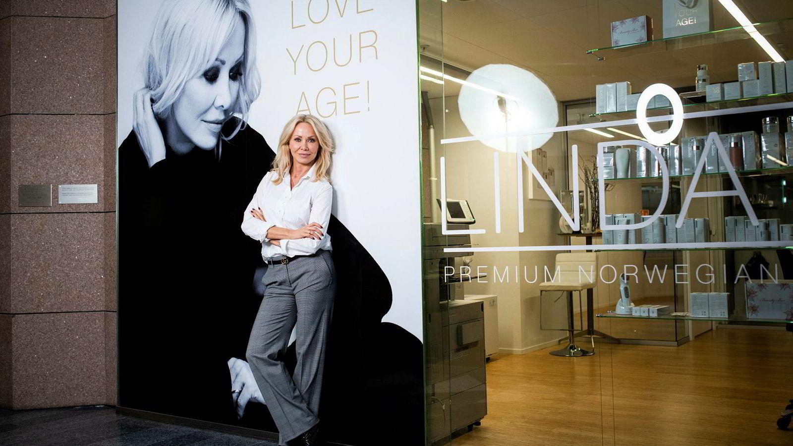Kosmetikkgründer Linda Johansen har på mindre enn to år gått fra – igjen – å være på konkursens rand, til nærmest å trykke penger.