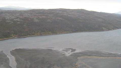 Den nasjonale lakesfjorden Bøkfjorden ved Kirkenes i Finnmark har fått store nye slambanker av avfallet fra gruvene i Sydvaranger, som også inneholder store mengder kjemikalier.