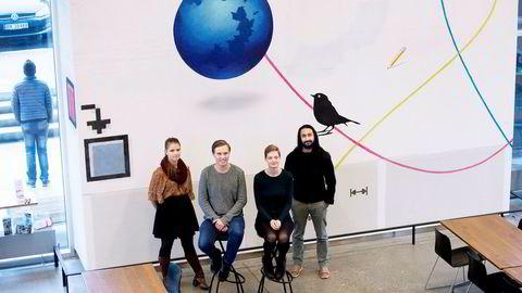 Informatikkstudentene ved UiO er mer interessert i forskning enn jobb i næringslivet. Fra venstre: Synne Baumann, Henrik Lilleengen, Tonje Røyeng og Andrei Faitas.