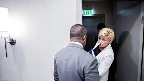 Tirsdag satte finansminister Siv Jensen (Frp) likevel foten ned. Hun vil, med unntak av eiendomsinvesteringene, beholde milliardene i fondet på regulerte markedsplasser. Foto: Aleksander Nordahl