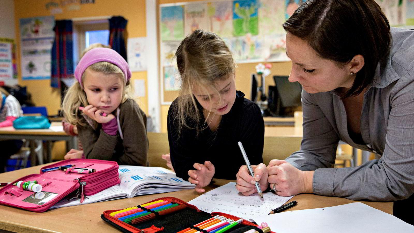 Høyre prioriterer det viktigste i skolen: en skole som gir alle elever like muligheter til å lykkes, skriver statsminister Erna Solberg.