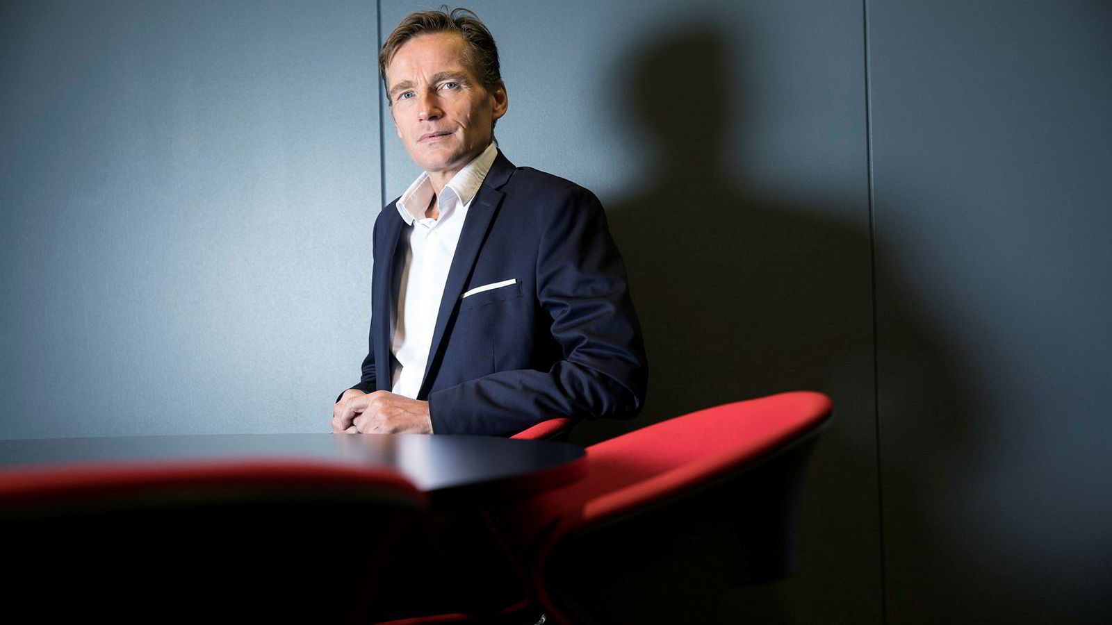 Investeringsdirektør Robert Næss i Nordea Investment Management, mener det er grunn til å være litt bekymret over utviklingen i markedet.