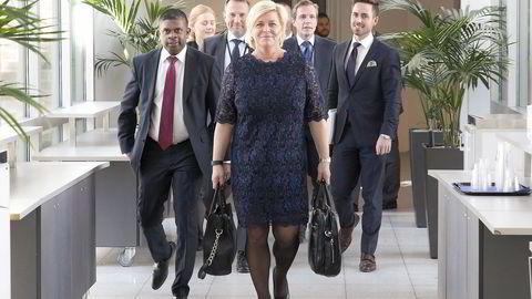Siv Jensen er den første finansministeren som tar ut penger fra Oljefondet. Foto: Berit Roald /