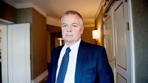 – Tiden er ikke inne for oss å øke trykket på anleggssektoren, sier konsernsjef Arne Giske i Veidekke.