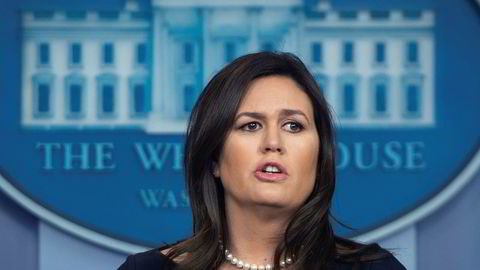 Donald Trumps pressesekretær Sarah Sanders går av.