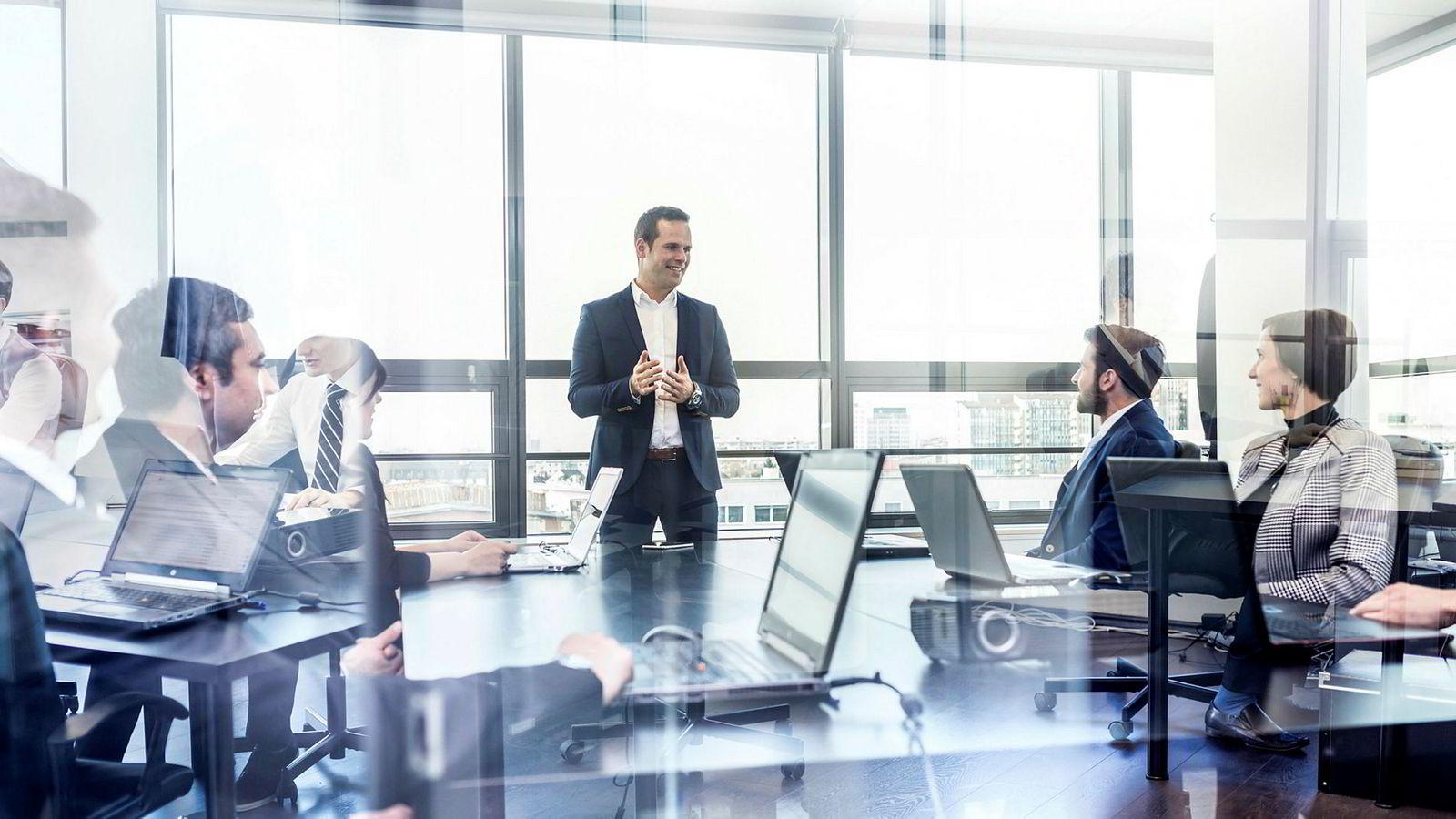 Innen det moderne ledelsesfaget er godhet blitt en isolert forskningsretning. Som helhet har faget tatt steg i retning av effektivitet.