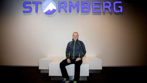 Steinar J. Olsen mener turtøyprodusenten Stormberg har fått mange tusen flere kunder – og har mistet noen hundre- som følge av støtten til miljøorganisasjonen WWF.