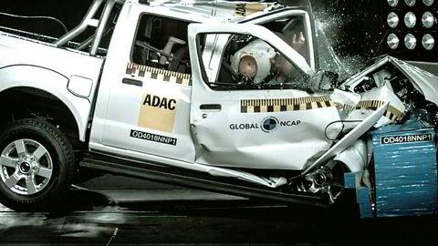Nissan NP300 Hardbody, Nissans søskenmodell til Navara i Sør-Afrika, feilet stort på sikkerhetstest.