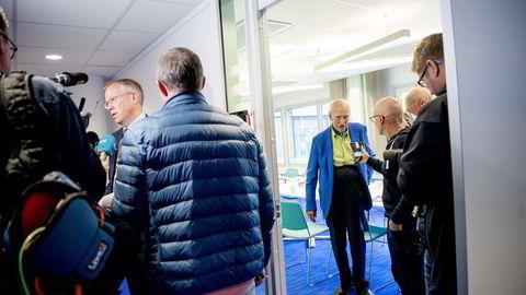 (frv) Kommunikasjonsdirektør Håkon Mageli i Orkla og Olav Thon. Thon ser ingen løsning for Rygge flyplass uten at staten er med. Foto: Mikaela Berg