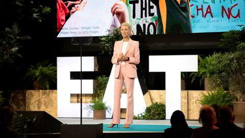 Gunhild Stordalen åpnet årets EAT Forum med et bakteppe av unge superhelter.