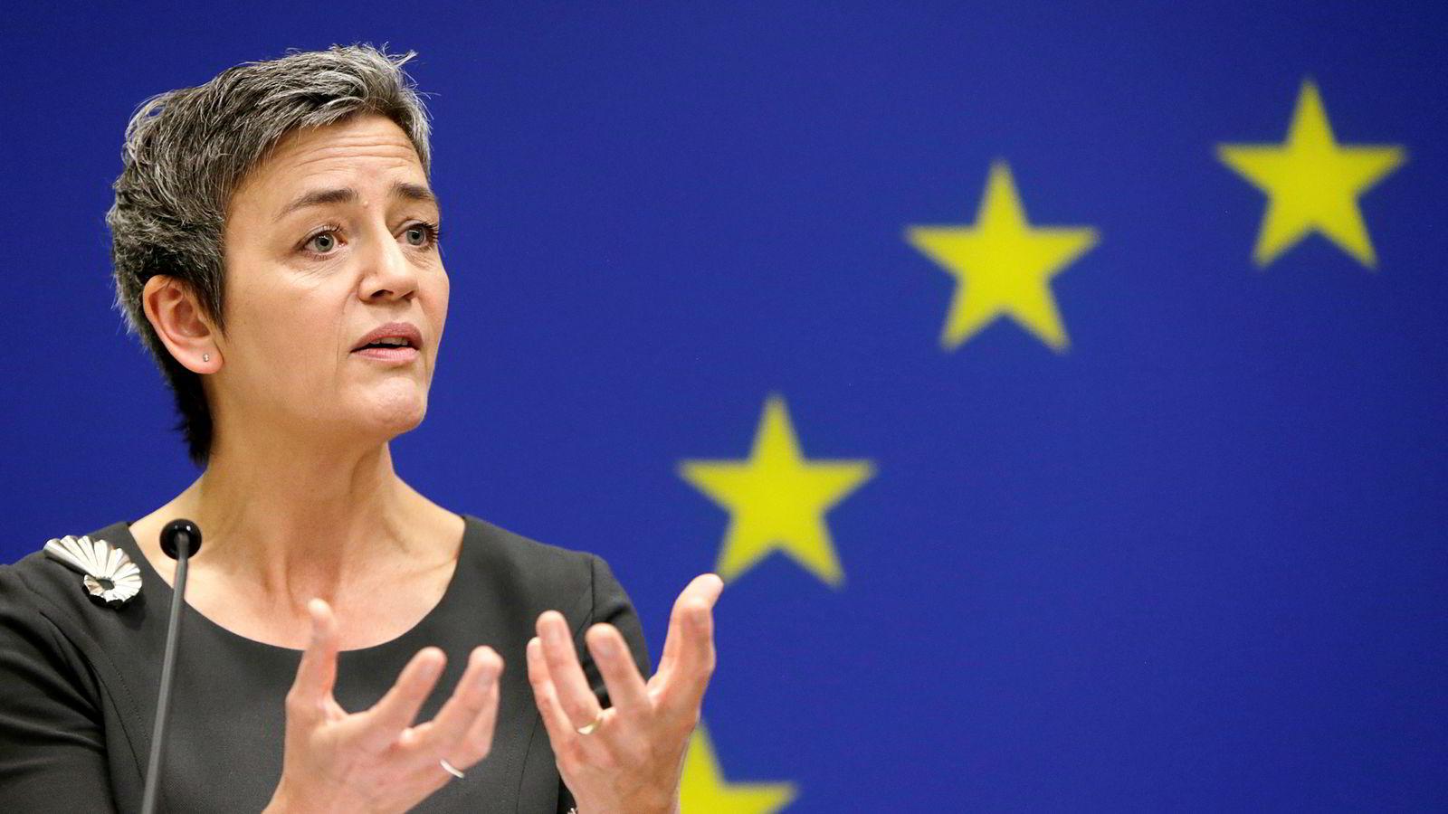 EUs konkurransekommisær Margrethe Vestager mener Google lurer forbrukere og konkurrenter ved å vri på søkeresultatene. Foto: Gary Cameron, Reuters/NTB Scanpix