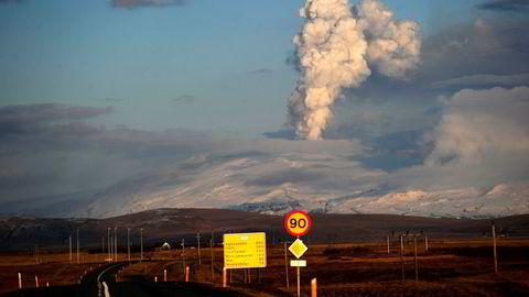 Vulkanutbruddet i Eyjafjallajökull i 2010, og den påfølgende turistboomen, løftet den islandske økonomien ut av finanskrisen, skriver innleggsforfatteren.