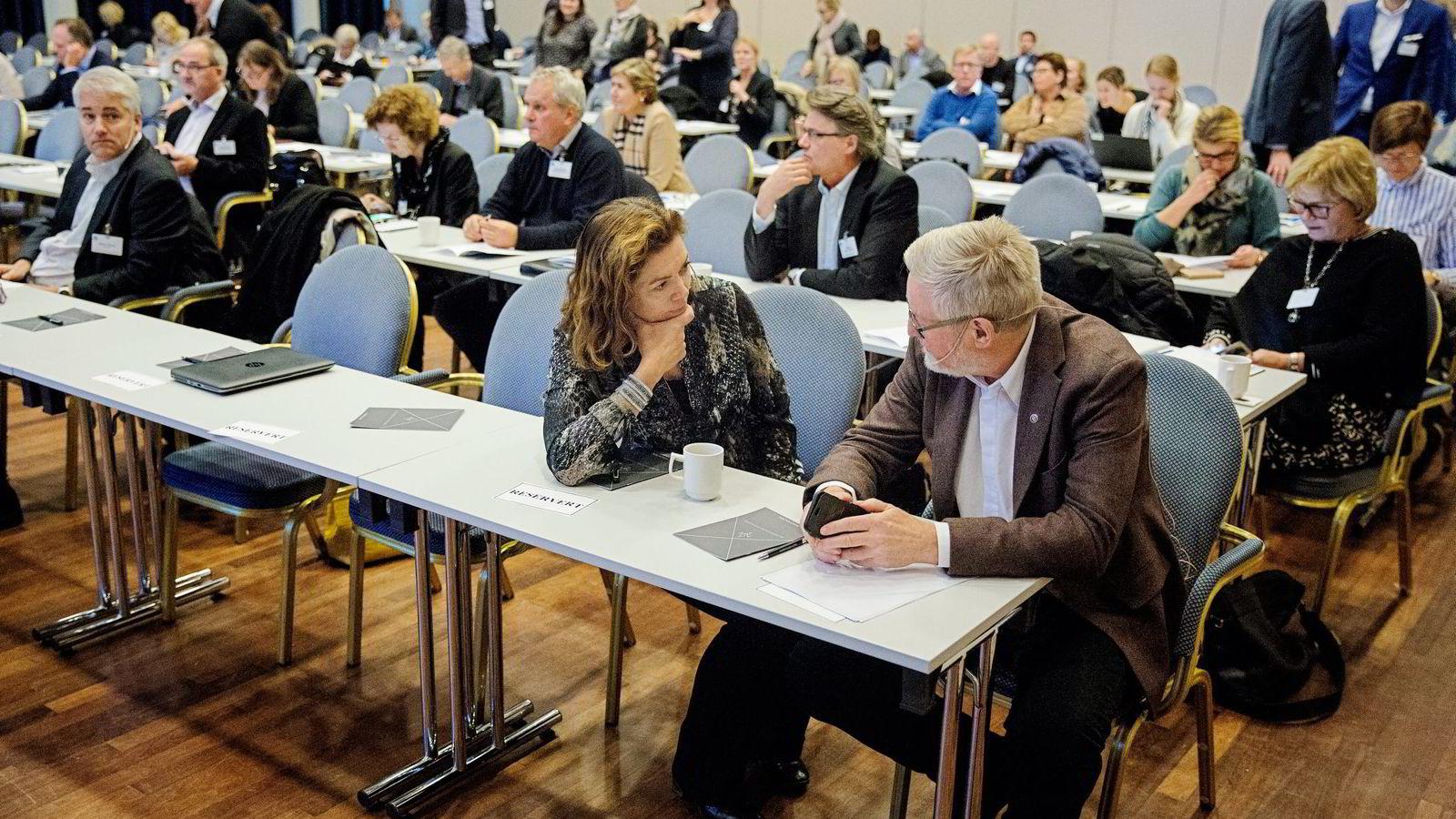 LOs nestleder Tor Arne Solbakken og NHO-leder Kristin Skogen Lund på NHOs pensjonskonferanse tirsdag. Alle foto: Fredrik Bjerknes