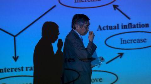 Det knytter seg stor spenning til hva Japans sentralbanksjef  Haruhiko Kuroda vil annonsere etter sentralbankmøtet onsdag. Foto: Mike Segar/Reuters/NTB scanpix
