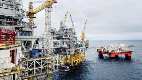 Oljebransjen drar opp aktiviteten i norsk industri. Illustrasjonsbildet fra Johan Sverdrup-feltet, som klargjøres for produksjonsstart i 2019. Foto: Marie von Krogh