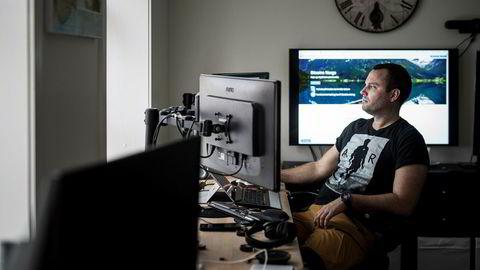 Ole Andre Torjussen eier og driver Bitcoins Norway. Fra kontorer i Stavanger sentrum omsetter han daglig for tre millioner kroner på den norske bitcoinbørsen.