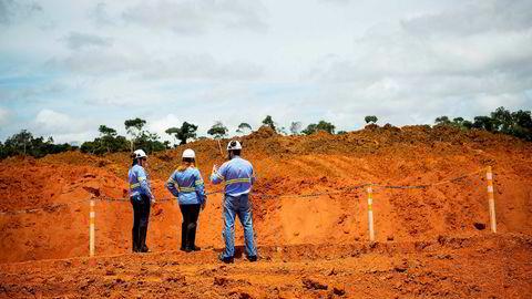 Hydro sender nå 80 ansatte ved bauksittgruven Paragominas ut i en permisjon på opptil fem måneder.