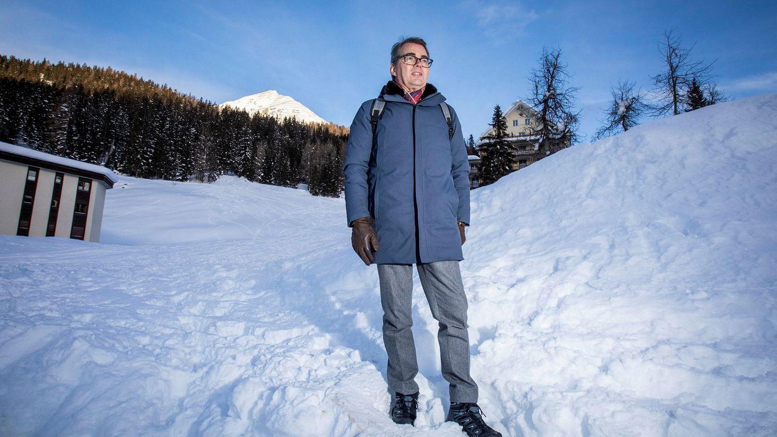 Hydro-sjef Svein Richard Brandtzæg på tur i Davos.