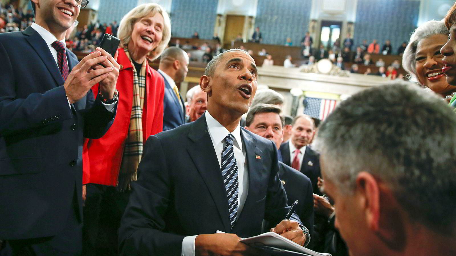 Amerikanere valgte Barack Obama som sin øverste leder, fordi han var en dyktig retoriker, men ikke minst fordi har klarte å formidle et håp om fremtiden, skriver artikkelforfatteren,
