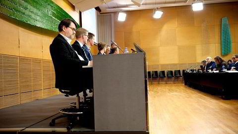 Hvis Scheel-utvalget (bildet) fikk bestemme, skulle det altså ikke lønne seg å ta ut arbeidsinntekt som kapitalinntekt, skriver artikkelforfatteren. Foto: Melisa Fajkovic