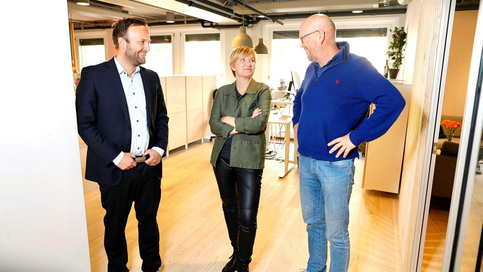 Daglig leder og partner Sindre Beyer (til venstre) er fornøyd med ansettelsen av Mathisen. Her med styreleder Kjetil Try.