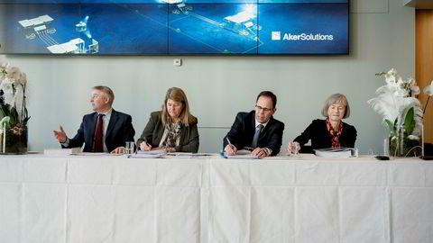 Landsjef i Statoil Pål Eitrheim (fra venstre), konserndirektør i Statoil Margareth Øvrum, konsernsjef Luis Araujo i Aker Solutions og Valborg Lundegaard i Aker Solutions signerte tirsdag kontrakt om Johan Castberg.