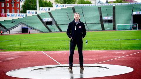 Daglig leder Rune Stenersen i Bislett Alliansen betaler godt for å få en ny verdensrekord på Bislett. Forrige rekord kom i 2008. Foto: Elin Høyland