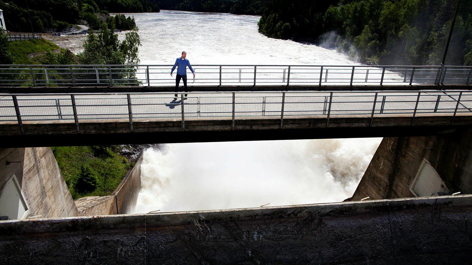 Hensyntatt alderen på eksisterende kraftverk i dag, viser det at 15 til 20 prosent produksjonsøkning fortsatt kan hentes ut av det eksisterende vannkraftsystemet. Her fraa Kykkelsrud Fossumfoss kraftverk mellom Askim og Øyeren.