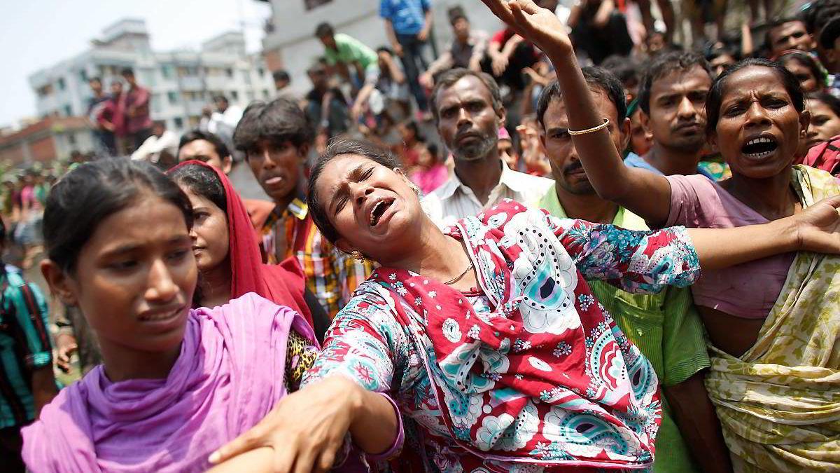 En bygning nær Dhaka i India raste sammen i slutten av april i år.