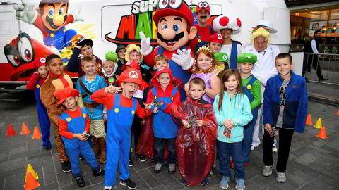 Super Mario er tilbake i et nytt spill og skal skape nye overskudd for det japanske spillselskapet Nintendo. Foto: Dave Kotinsky/Getty Images/NTB Scanpix