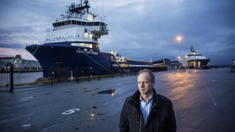 Administrerende direktør Sturla Henriksen i Norges Rederiforbund, fotografert på Festningskaien i Bergen. Foto: Eivind Senneset