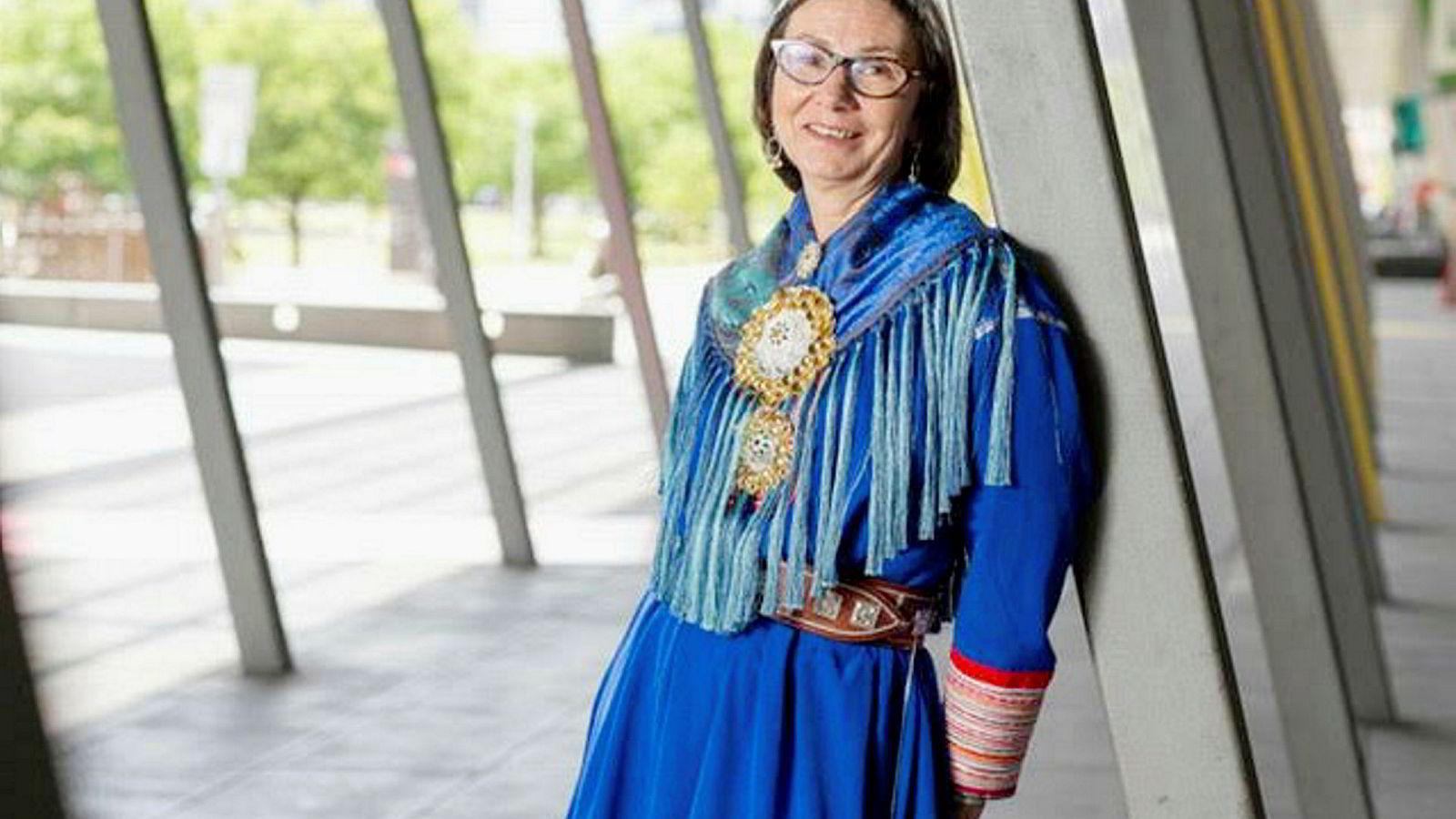Gunn Kristin Heatta er en av flere kvinnelige ledere ved Finnmarkssykehuset. Hun bor og jobber i de to eneste kommunene i Norge hvor kvinner har høyere bruttoinntekt enn menn.