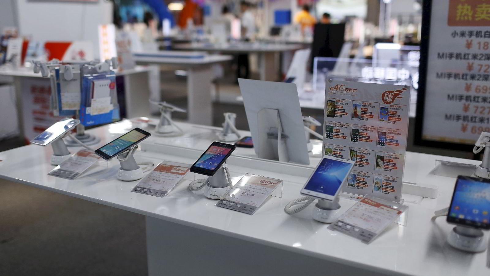 Mens mange smarttelefonprodusenter sliter, vokser kinesiske Oppo i rekordfart. Foto: Aly Song/Reuters/NTB scanpix