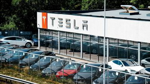 Tesla sliter for tiden med lange servicekøer. Her ved Bekkenstenveien, en av avdelingene der det har vært tilsyn.
