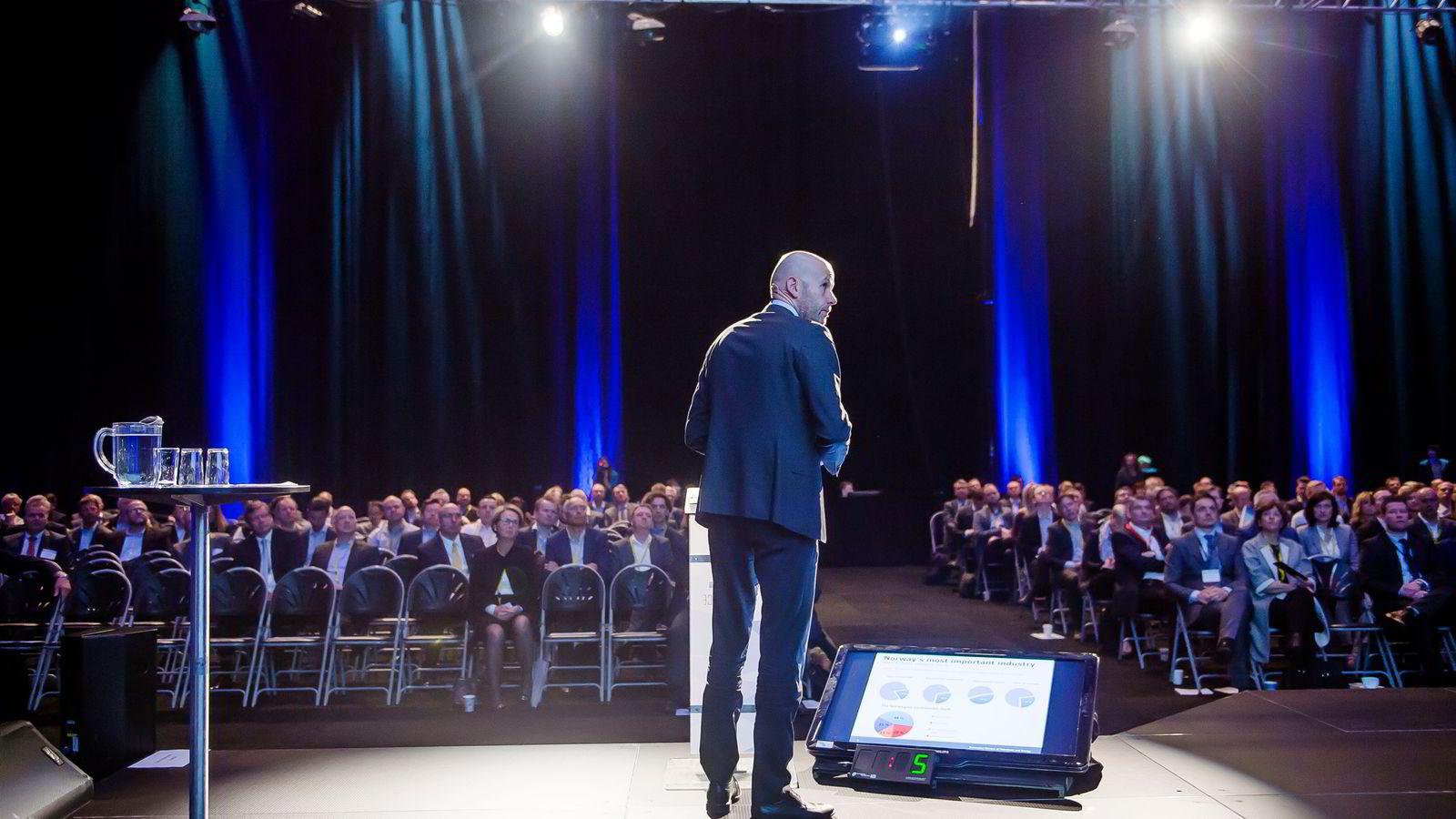 Skal man snakke om hva Norge skal gjøre etter oljen, må man se «50, 60,70, 80» år fremover, mener olje- og energiminister Tord Lien. Foto: Hampus Lundgren