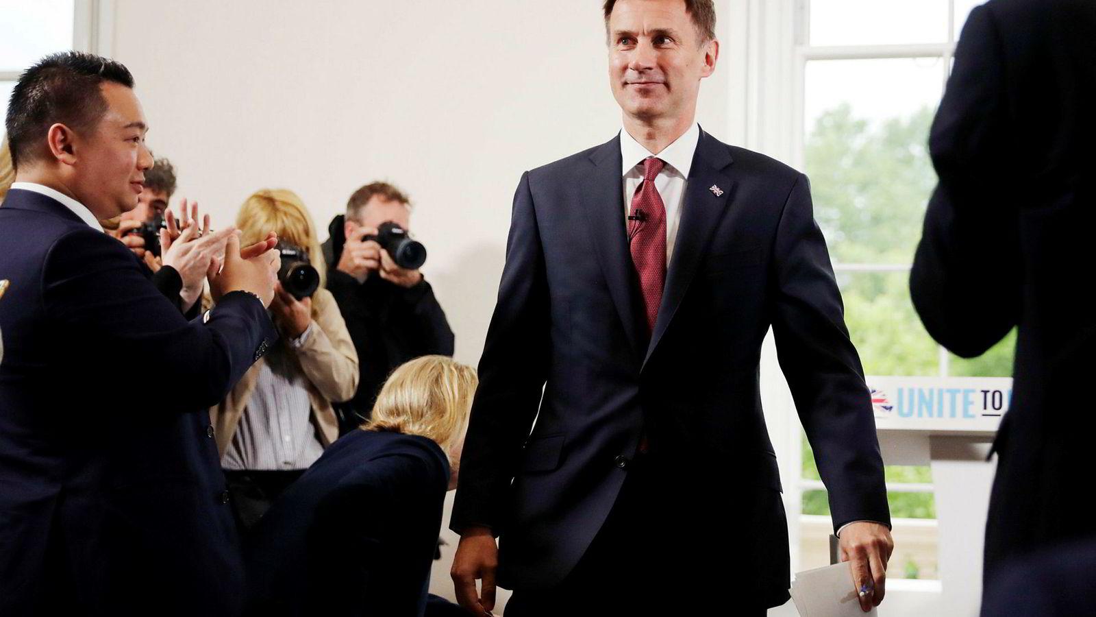 Utenriksminister Jeremy Hunt (bildet) vil ta over etter Theresa May, men møter sterk konkurranse fra blant andre Boris Johnson.