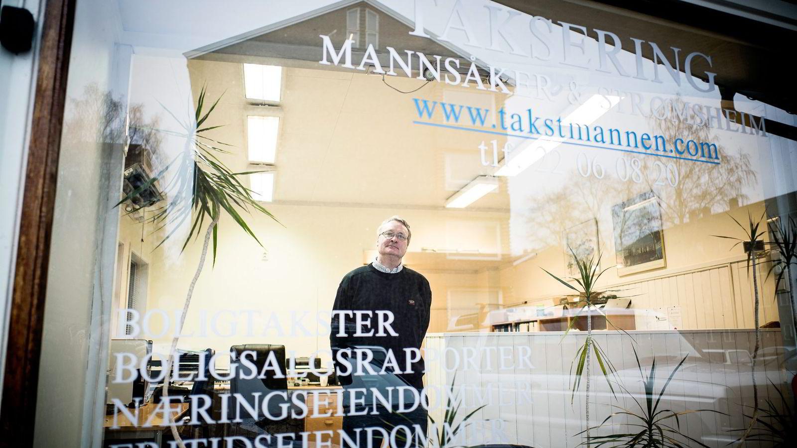 MÅ SVARE. Takstmann Rune Mannsåker må i retten. Eierskifteforsikringsselskapet Protector mener han burde avdekket en skjult fuktskade i en kjeller.
