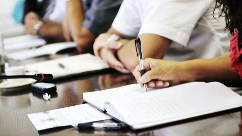Legger et firma opp inntjening som et vilkår for partnerskap, vil det altså i seg selv påvirke advokaten med et for klienten utenforliggende hensyn, sier forfatteren. Foto: Colourbox