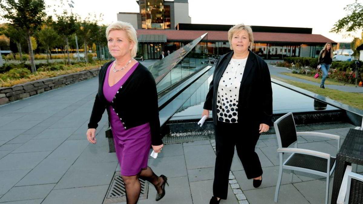 Frp-leder Siv Jensen og Høyre-leder Erna Solberg på Sundvollen tirsdag. De er enige om mye, men må finne penger til alle prosjektene.