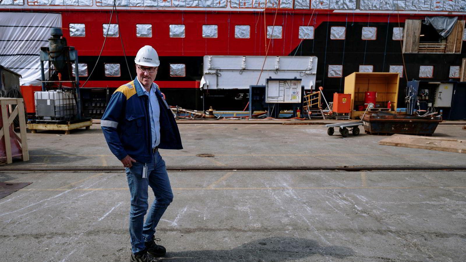 Kjetil Bollestad, administrerende direktør på Kleven Verft. Fredag holdt han allmøte med de ansatte og presenterte nytt oppdrag, og rundt 100 ansatte må gå.