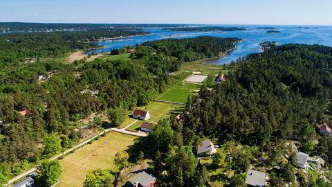 Denne herskapelige eiendommen på Veierland i Færder kommune er den dyreste sjøeiendommen til salgs på det åpne markedet. Foto: Tor Lie/Eie