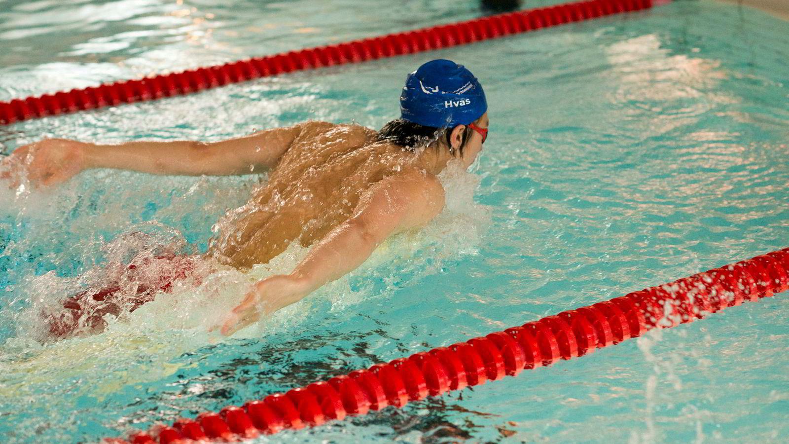 Den unge, norske svømmeren Tomoe Zenimoto Hvas sies å ha teknikk i verdensklasse.