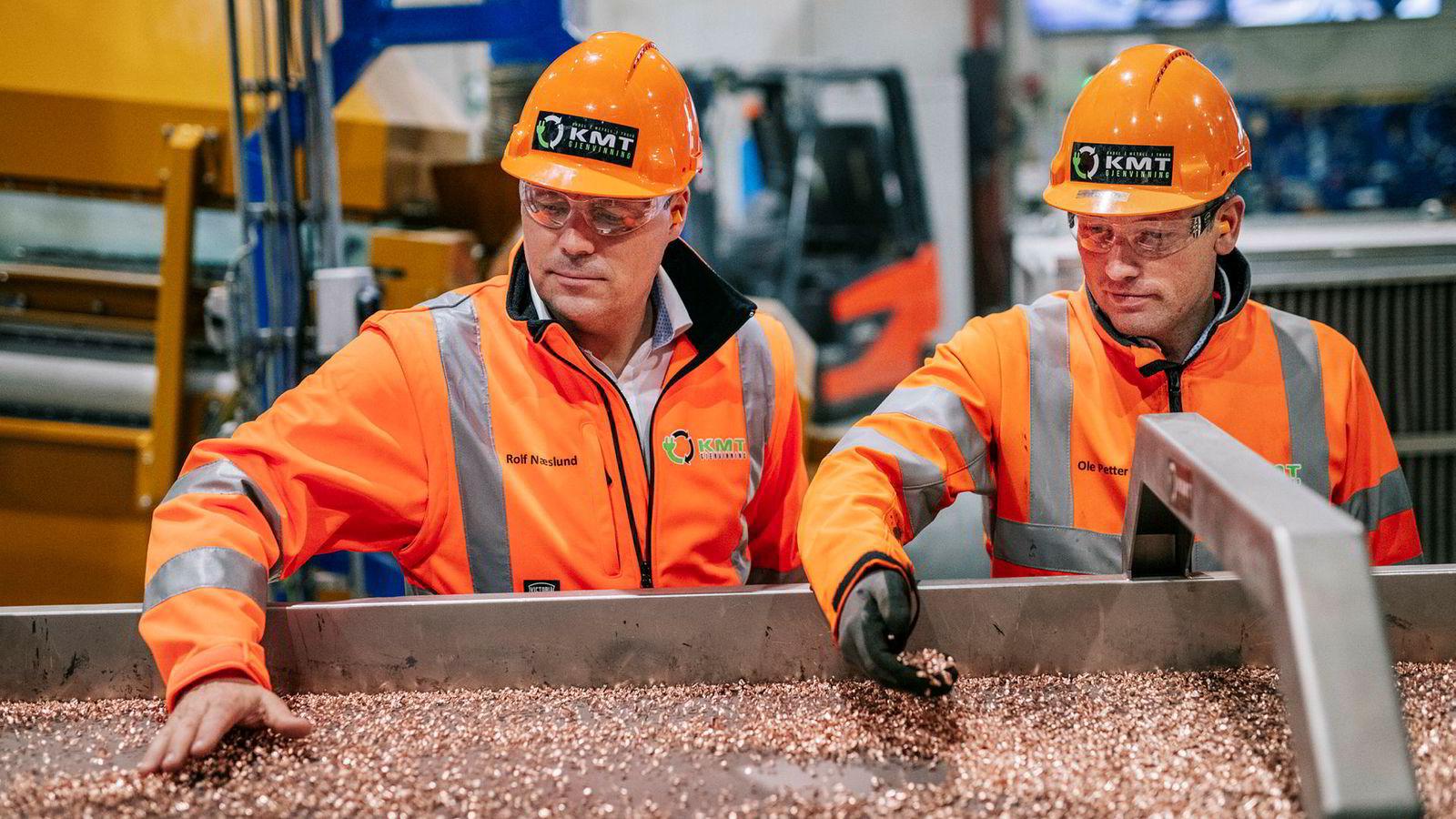 Kabel Metall og Trafo Gjenvinning (KMT) er årets gasellevinner i Vestfold. Fra venstre: daglig leder Ole Petter Nilsen og styreleder Rolf Bergerud Næslund.