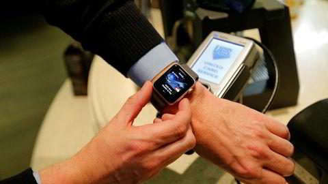 Dette er en kronglete og ubrukelig løsning hvor vi blir avhengig av et kassaparat som produserer QR-kode eller at kunden skanner alle varenes QR-kode og må ha en internettforbindelse på mobilen for å kunne kvittere på transaksjonen, skriver innleggsforfatteren.