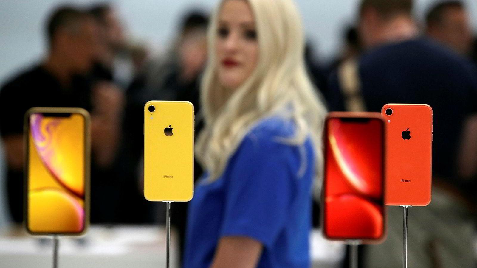 Denne uken lanserte Apple årets mobilmodeller, Mest oppmerksomhet fikk Iphone XR. For mange er Apple et klassisk eksempel på vellykket innovasjon i privat sektor. Men ifølge innovasjonsforskeren Mariana Mazzucato har det meste av innovasjoner som kjennetegner en smarttelefon sitt opphav i offentlig finansiert forskning.