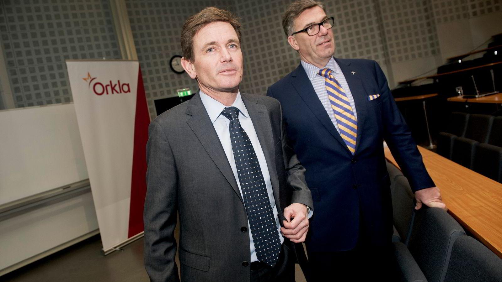 Orkla-sjef Peter A. Ruzicka (til venstre) vil ha færre og større fabrikker. Her sammen med hovedeier Stein Erik Hagen.