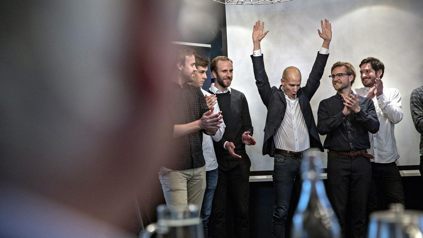 Edgeir Vårdal Aksnes ble ellevill av glede da han fikk høre at Stordalen valgte hans idé.               Foto: Aleksander Nordahl